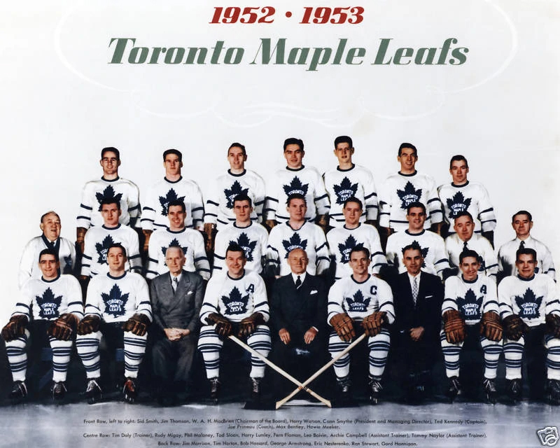 Team photo of the 1952-1953 Toronto Maple Leafs